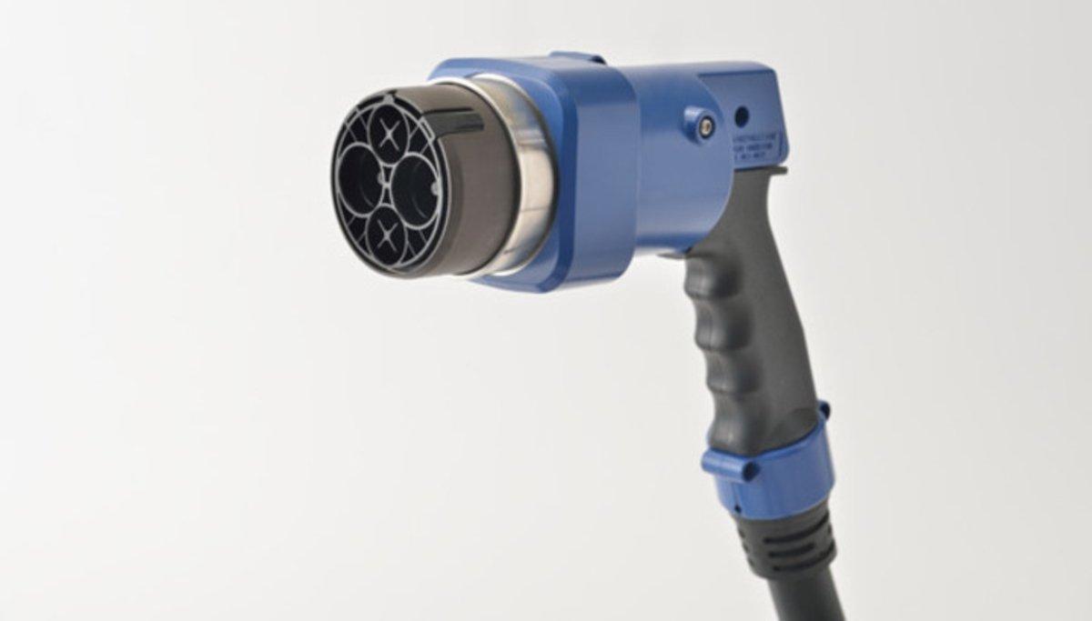 Ya no te confundirás, estos son los tipos de conectores que existen para los coches eléctricos