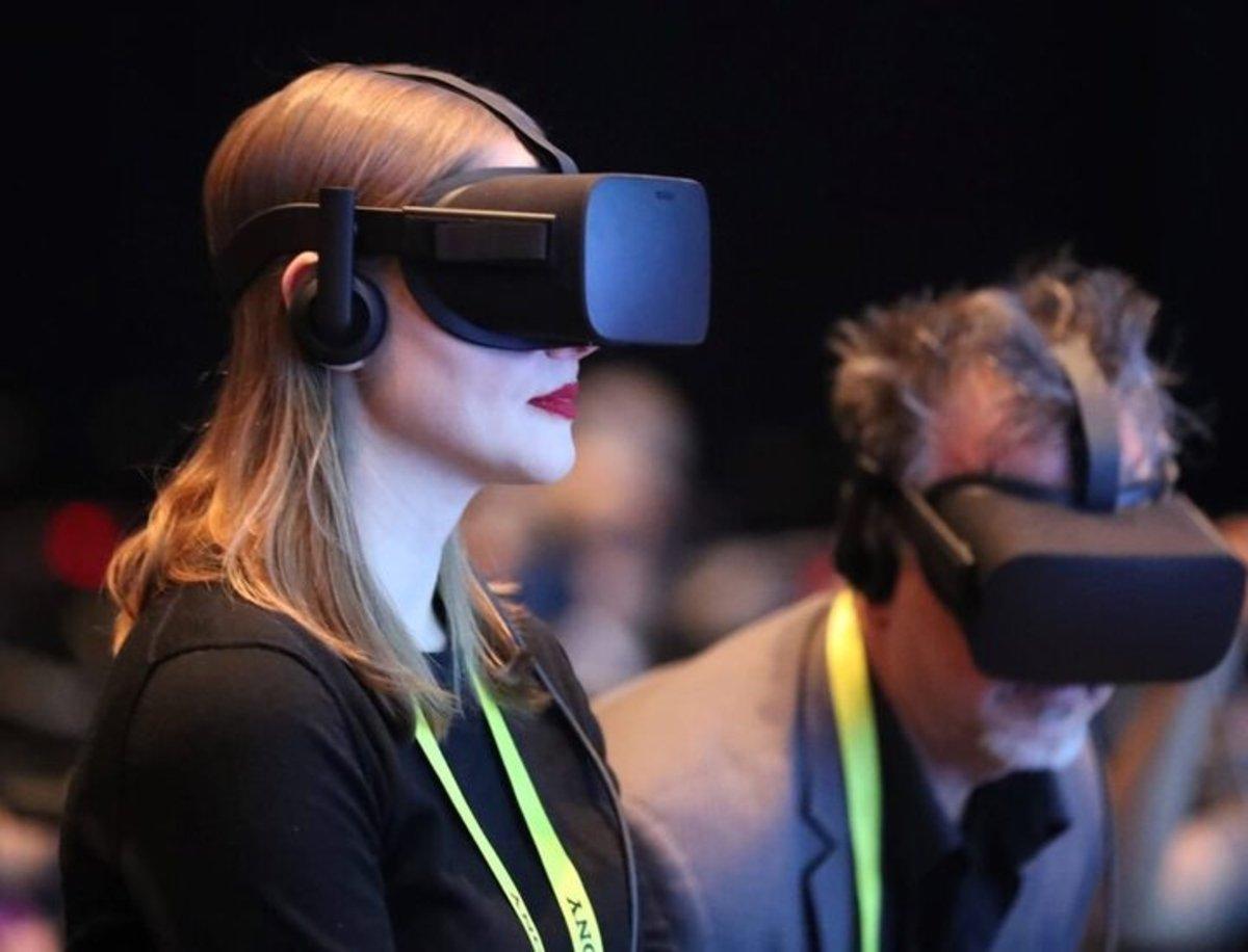 Realidad virtual frente a realidad aumentada, ¿qué las diferencian?
