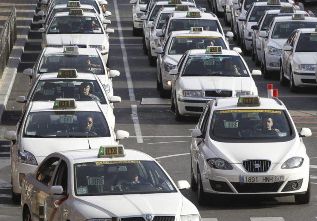 Uber: sus cosas buenas, su lado oscuro y por qué el sector del taxi se debe reconvertir