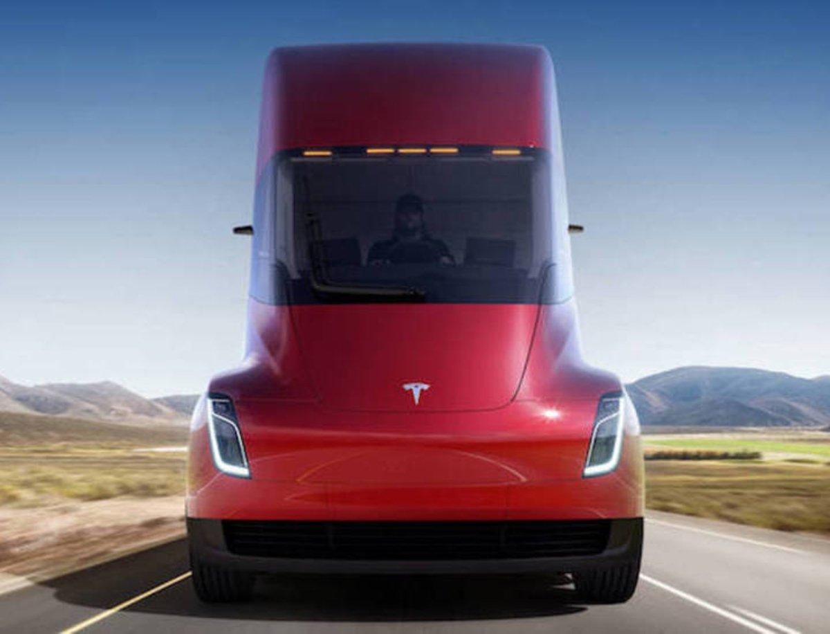 Estos son los precios de las 2 versiones del Tesla Semi, ¿adiós a las mecánicas diésel?