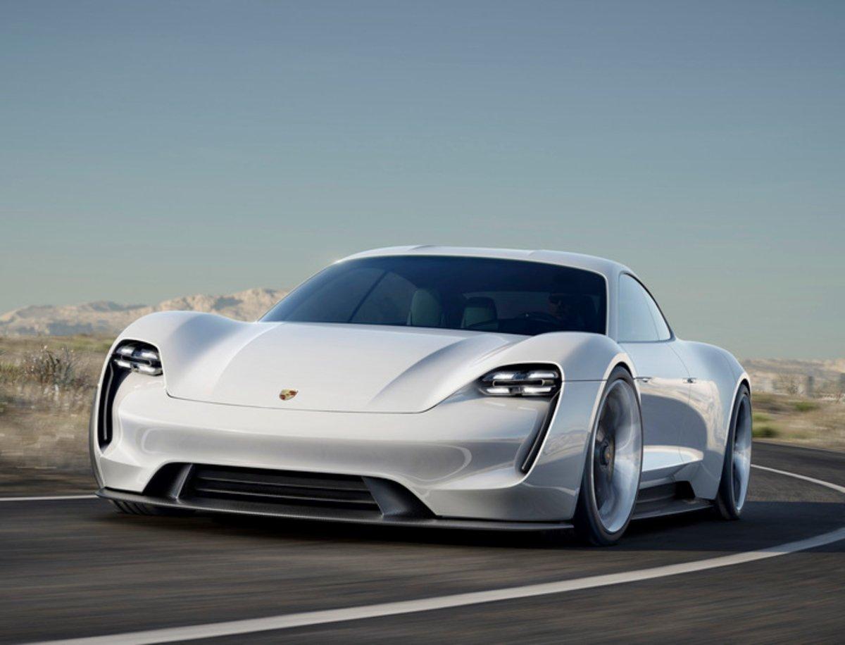 Por qué producir un Porsche 911 híbrido para 2023 es un error