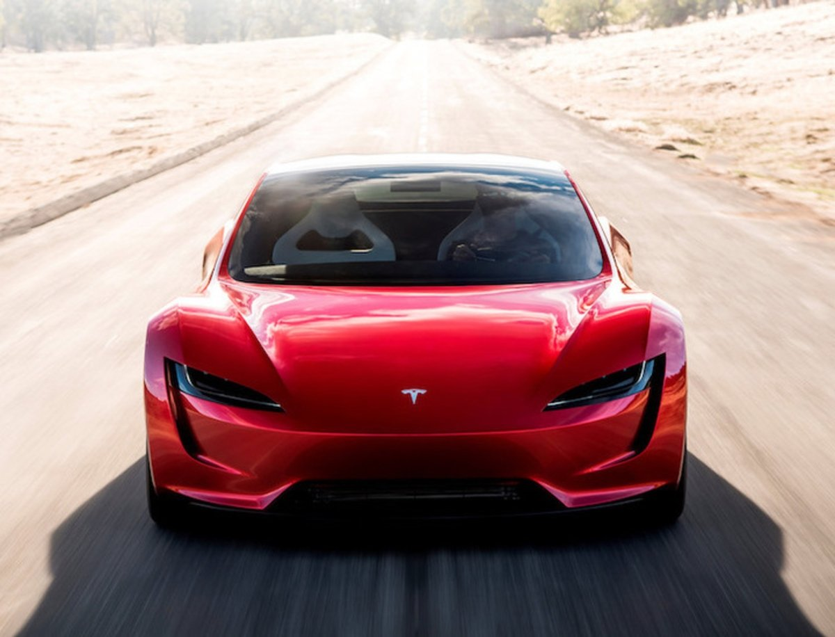 La competencia se rinde ante el espectacular Tesla Roadster