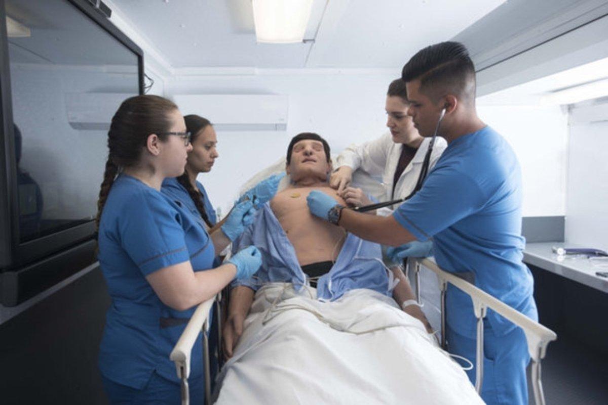 Los robots amenazan también con cambiar el futuro de la enfermería