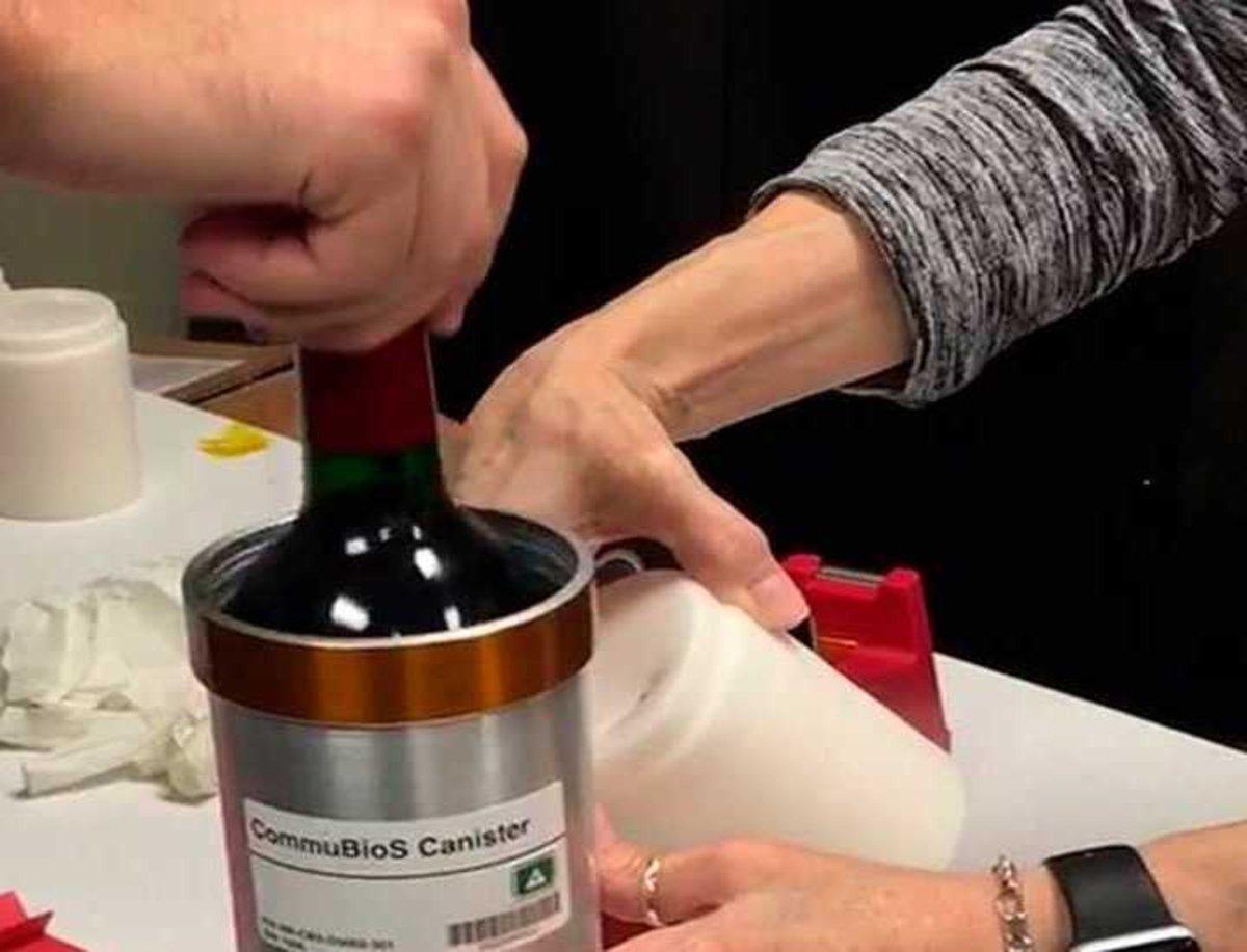 12 botellas de vino están envejecerán en el espacio, cuáles son los motivos