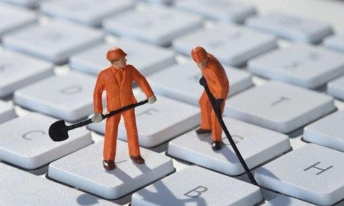 Así de fácil puedes mantener limpio el teclado de tu portátil