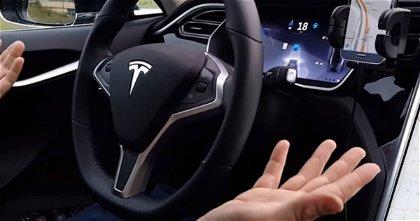 El funcionamiento del Autopilot de Tesla al descubierto tras el ataque de un hacker
