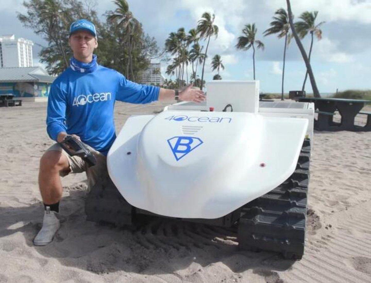 BeBot, el robot especializado en limpiar la playa que es, además, autosuficiente