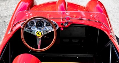 Testa Rossa J, la réplica de Ferrari eléctrica que se vende a más de 100.000 dólares