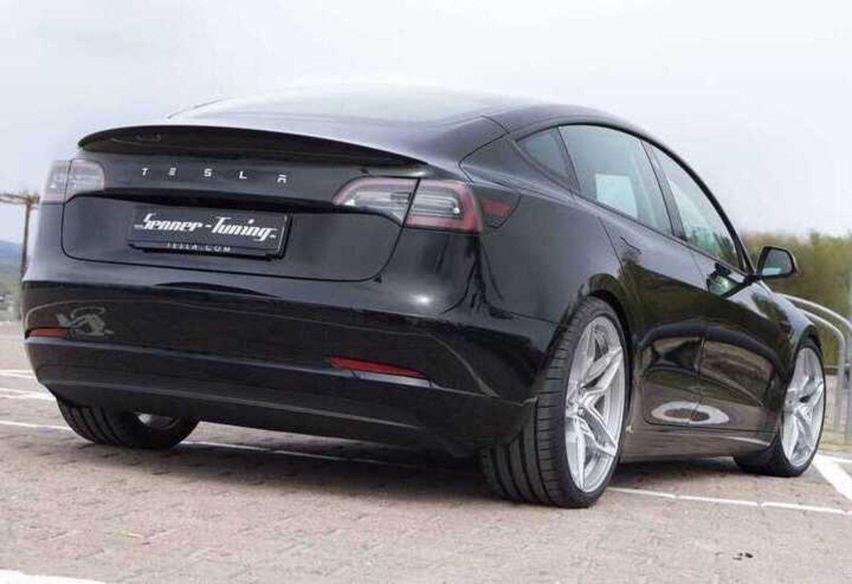 Senner Tuning consigue mejorar la autonomía del Tesla Model 3 con unas modificaciones