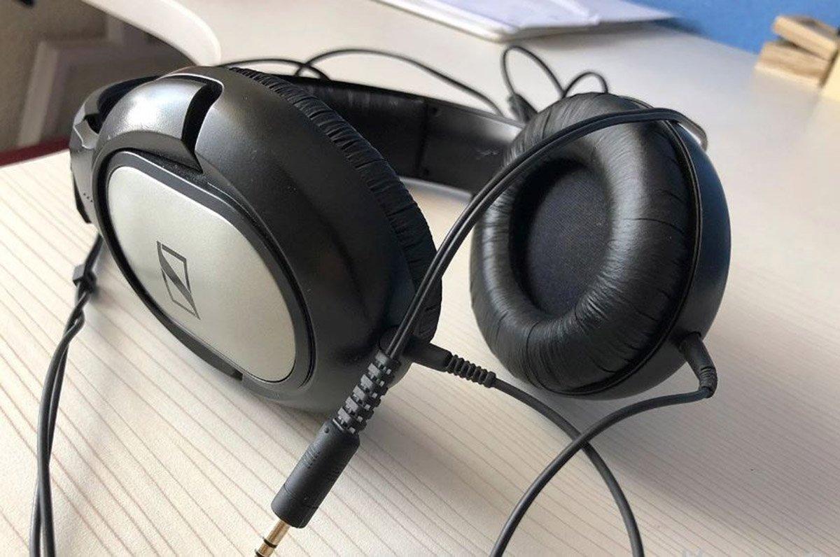 Cómo usar el Asistente de Google con auriculares en Android