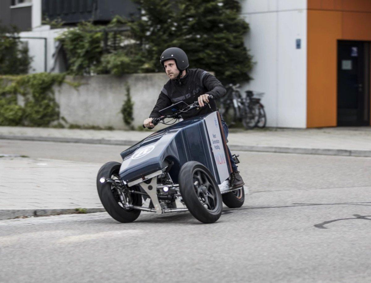 Lastkraftflitzer, un medio de transporte basculante divertido para la ciudad
